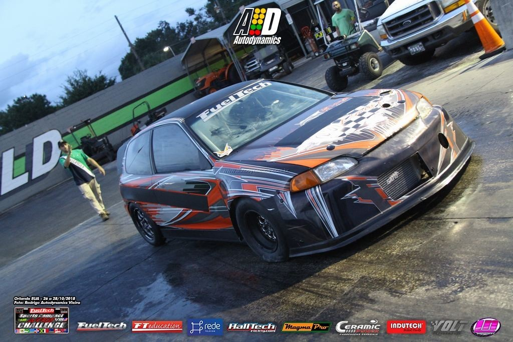 FuelTech Sports Compact World Challenge VII Foto (11)